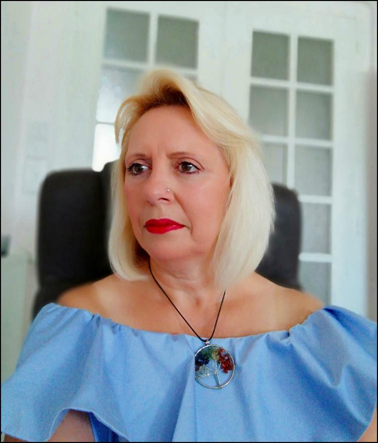 Marie-Thérèse MAOUCHI - Thérapeute Énergéticienne